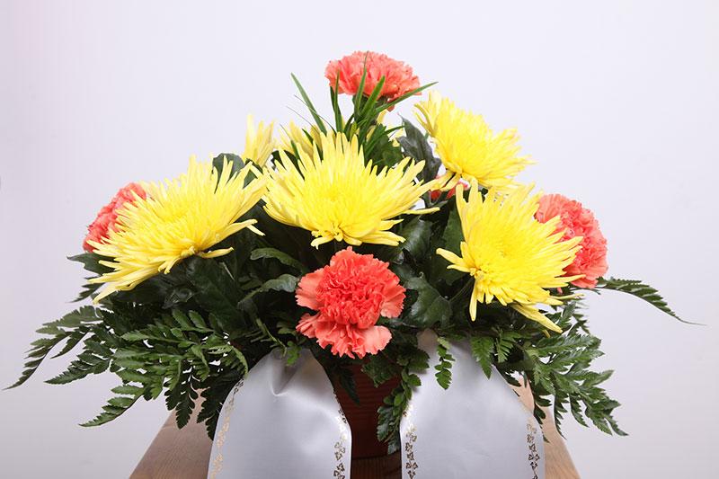 Trauergesteck - Blumenparadies Schulze Bernburg - Foto: Simon Kirchhof